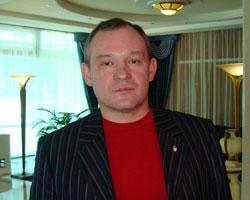 Директор  ХУЛИГАН  …(продолжение)