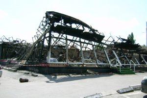 В Новочеркасске сгорело кафе в центре города