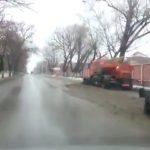 Уборка снега на улицах Новочеркасска