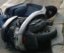 В Новочеркасске мотоциклист погиб на трассе после ДТП