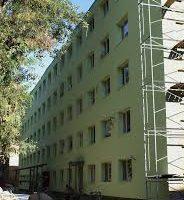 Отремонтированное общежитие в Новочеркасске снова рушится